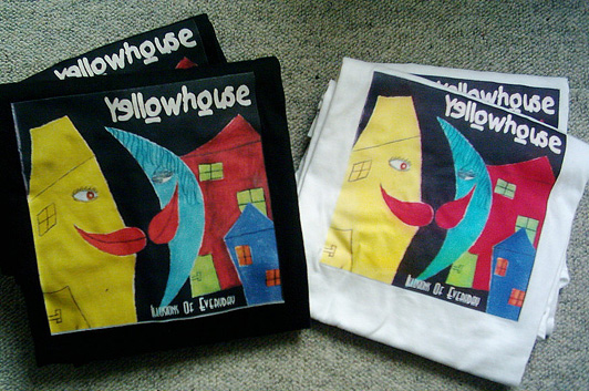 Yellowhouse t-shirts: black and white size L.